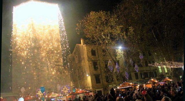 VELIKA FOTOGALERIJA Advent u Zadru – svjetlosni spektakl (Foto: Ivan Perica)
