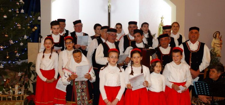 FOTOGALERIJA KUD Vukšić održao Božićni koncert  (Foto: M. Ledenko)