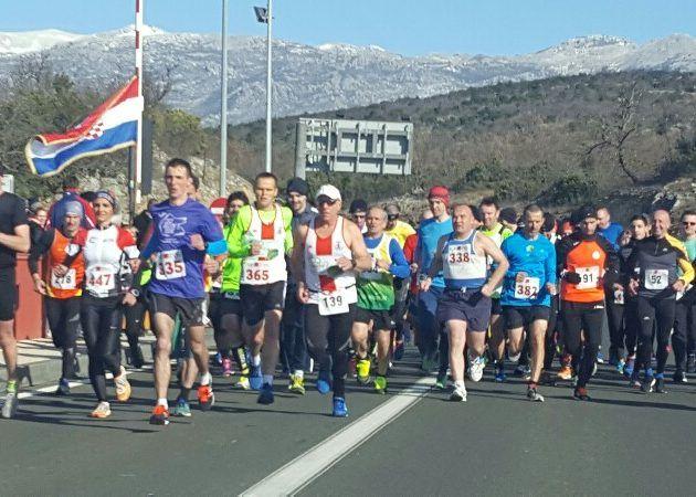 FOTO Memorijalni maraton Maslenica-Posedarje-Novigrad