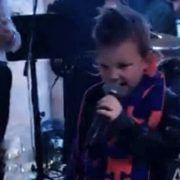 VIDEO Petogodišnji Gabriel Čačić oduševio publiku na Biloj noći Hajduka!
