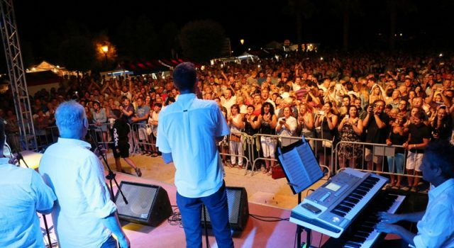 GALERIJA Klapa Intrade pjevala na Viru pred 10.000 posjetitelja!
