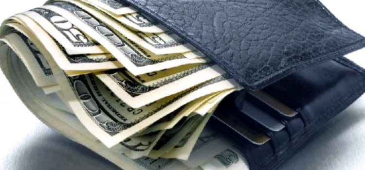 BIOGRAD Ukrali bankovnu karticu 78-godišnjaku, pa potrošili 34.000 kn