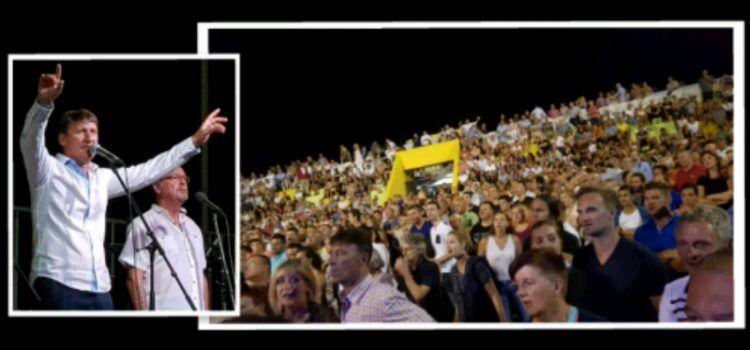 Tisuće posjetitelja uživalo u koncertu klape Intrade u Sukošanu