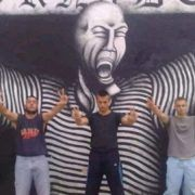 PROVOKACIJE Srpski navijači ispred Tornadova murala u Zadru s tri prsta!