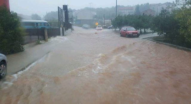 UZBUNA Meteorolozi najavili novu veliku oluju, Zadrani pripremite se!