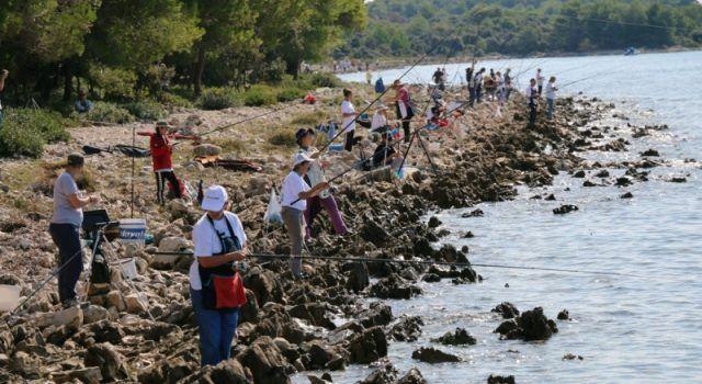 VIR Međužupanijsko prvenstvo u sportskom ribolovu štapom s obale za seniorke