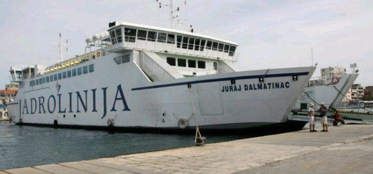 Trajekt u Preku udario u obalu prilikom pristajanja