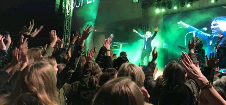 Zadrani uživali u koncertu Jole na otvorenju Supernove
