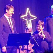 VIDEO Slijepi dječak Viktor otpjevao Zoru bilu s klapom Intrade