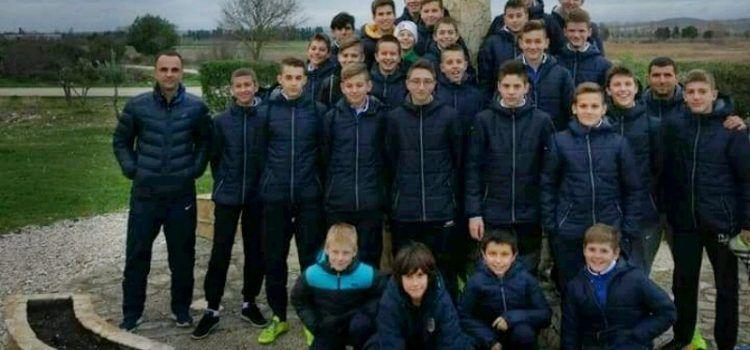 Mali nogometaši Primorca iz Biograda posjetili komunu Cenacolo