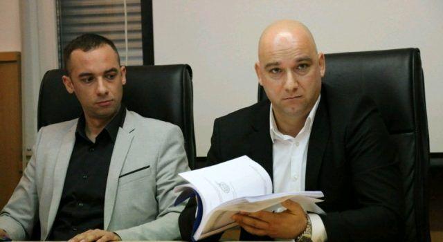 Općina Vir: Ardena Bajlo i dalje sramotno izigrava zakon pogodujući bratu i sinu!