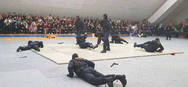 GALERIJA Stotine mladića i djevojaka iz Zadra žele postati policajci!