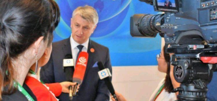 Župan Longin dao nekoliko intervjua za kineske medije