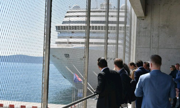 GALERIJA Posjet članova diplomatsko gospodarskog kluba Zadarskoj županiji