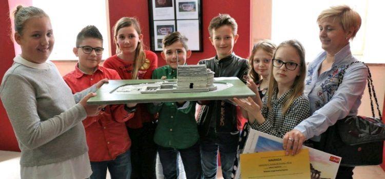 Učenici iz Vira dobili glavnu nagradu za izradu makete