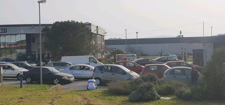 FOTO Zadrani satima čekaju red pred autopraonicama