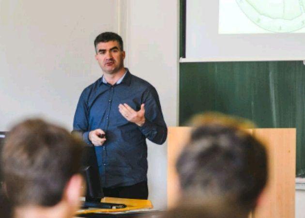 Dr.sc. Josip Faričić održao predavanje o ideji Zemlje kao ravne ploče