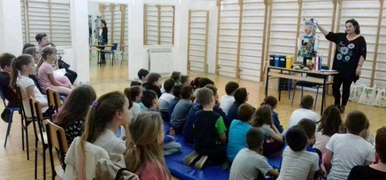 POUČNO I ZANIMLJIVO Mališani iz Paga učili o korisnosti otpada
