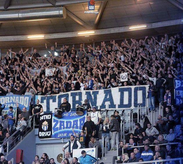 Zadarski navijači – fotografija sezone u ABA ligi (Snimio Z. Kucelin)