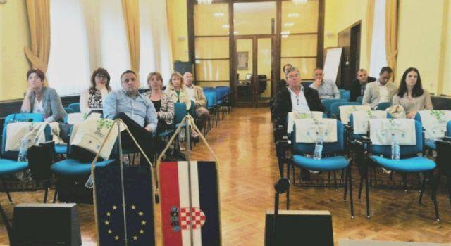 Tvrtka Eko d.o.o. održala seminar za predstavnike otočkih općina o Centru za gospodarenje otpadom