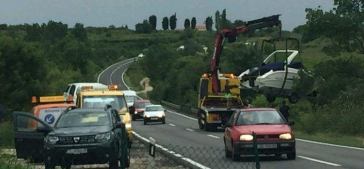 GALERIJA Prometna nesreća u Murvici, prevrtali se brod i automobil