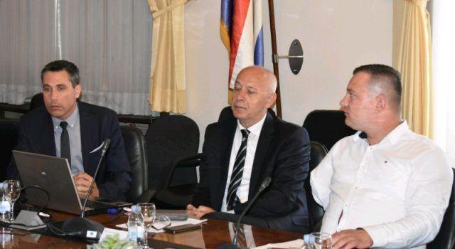 U DOMU ŽUPANIJE Pomoćnik ministrice predstavio projekt strukovnih centara kompetencija