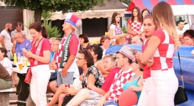 GALERIJA U Viru proslavljena pobjeda Hrvatske protiv Nigerije