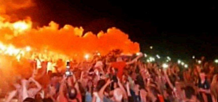 ZADAR GORI Tisuće oduševljenih građana slavi pobjedu Vatrenih!