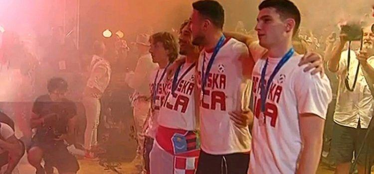 SPEKTAKL Zadrani dočekali svoje reprezentativce!