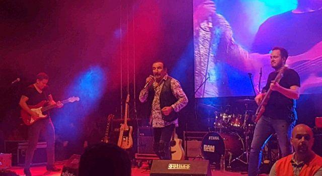 Željko Bebek održao spektakularan koncert na Viru