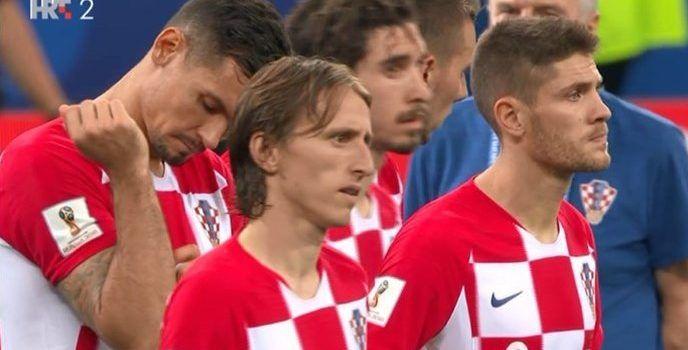 """Luka Modrić kroz suze: """"Hvala navijači. Nije nam lako što smo izgubili"""""""