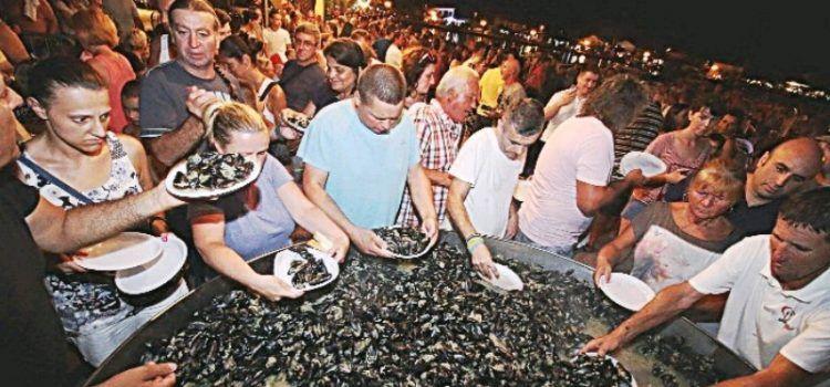 GALERIJA Bibinjski gušti – uz dobru glazbu i ukusne dagnje