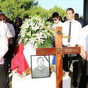 Vir se u tuzi, ljubavi i poštovanju oprostio od Mate Radovića