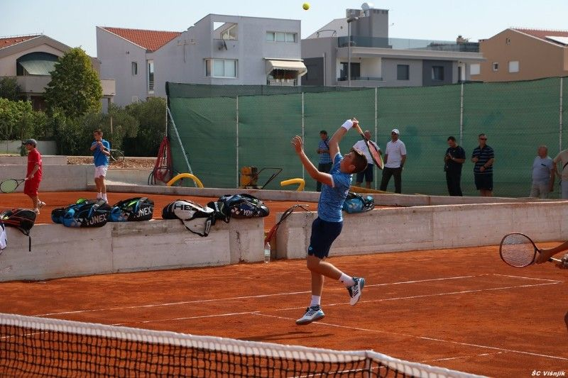 pripreme_mlade_teniske_reprezentacije (2)-800x533