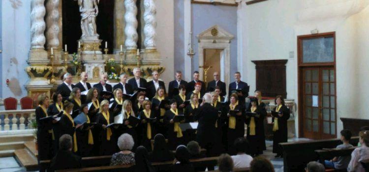 Koncert zbora Condura Croatica u crkvi Sv. Frane 7. studenog