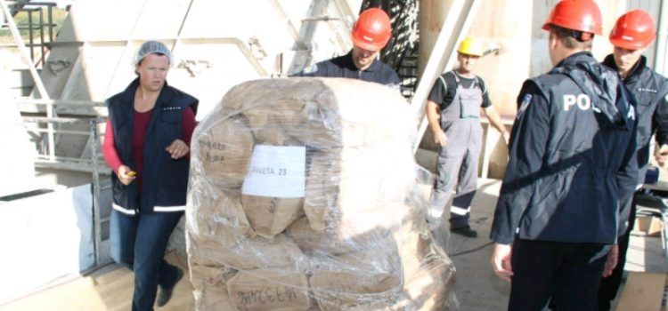 Policajci u Našicama spalili 4 tone droge; i onu zaplijenjenu u Zadru