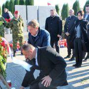 GALERIJA Odana počast žrtvama u Škabrnji; Obilježena tužna obljetnica
