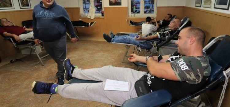 Virani dali 64 doze krvi i 1.000 kn donacije Zakladi Ana Rukavina