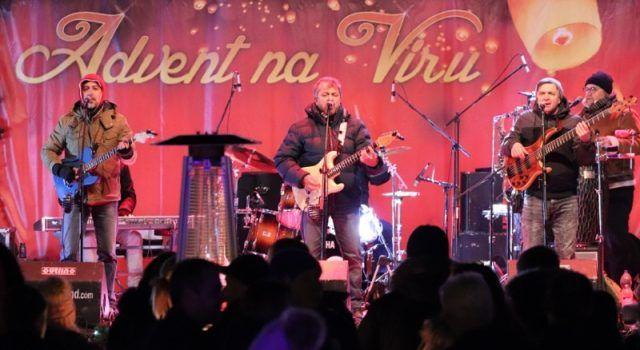 ADVENT NA VIRU Uz paljene 3. adventske svijeće održan koncert grupe Dalmatino