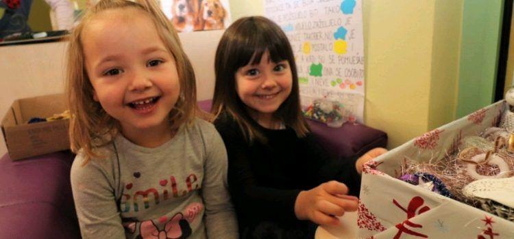 Djeca iz Vira izradila ukrase; Prihod od prodaje ide u Vukovar