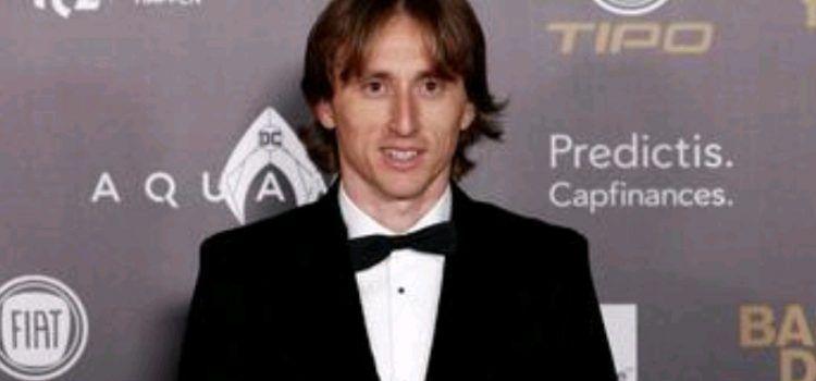 Luka Modrić osvojio je Zlatnu loptu! Prvi je Hrvat s ovom nagradom!