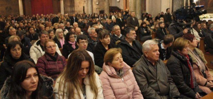 Katedrala u Zadru bila je prepuna vjernika na misi polnoćki