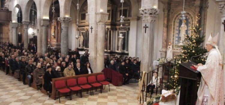 Božićnu misu u katedrali Sv. Stošije predvodio mons. Puljić