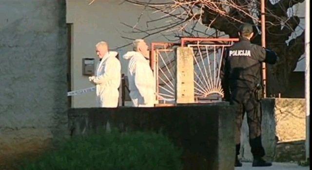 Velik broj ljudi ispratio trostrukog ubojicu na posljednji počinak