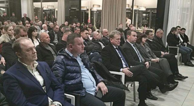 GALERIJA Svečano proslavljena 29. obljetnica osnutka HDZ-a u Starigradu