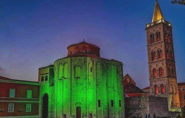 Crkva Sv. Donata zasjala u zelenoj boji