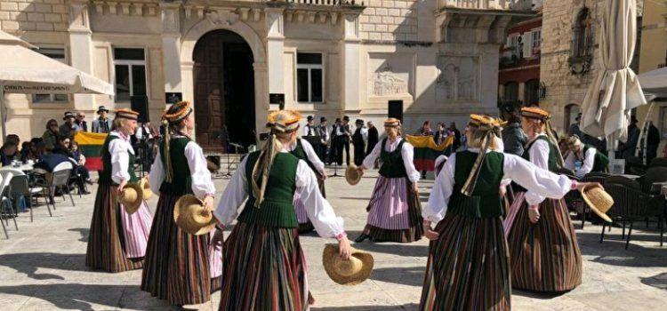 U Zadru nastupile folklorne skupine iz Litve