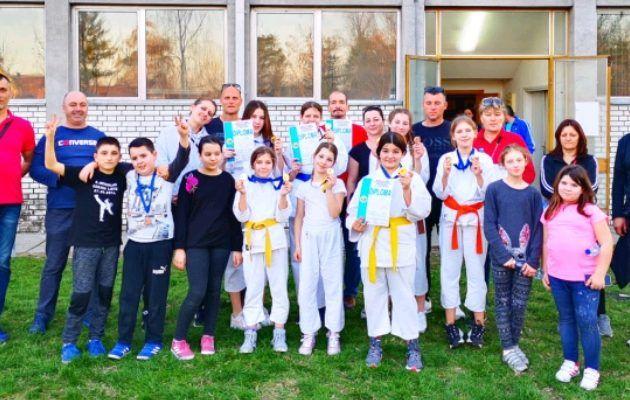 Karatisti iz Bibinja osvojili 8 zlatnih, 4 srebrne i 4 brončane medalje