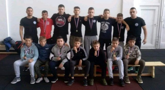 Članovi Boksačkog kluba Ares iz Zadra na Prvenstvu Hrvatske osvojili 10 odličja