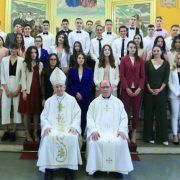 GALERIJA Sakrament svete potvrde primilo 39 krizmanika iz Bibinja